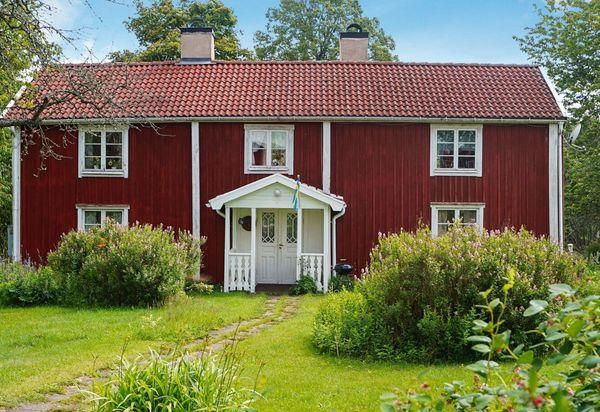 In Welchem Land Werden Die Geschenke Durch Offene Fenster Ins Haus Geworfen